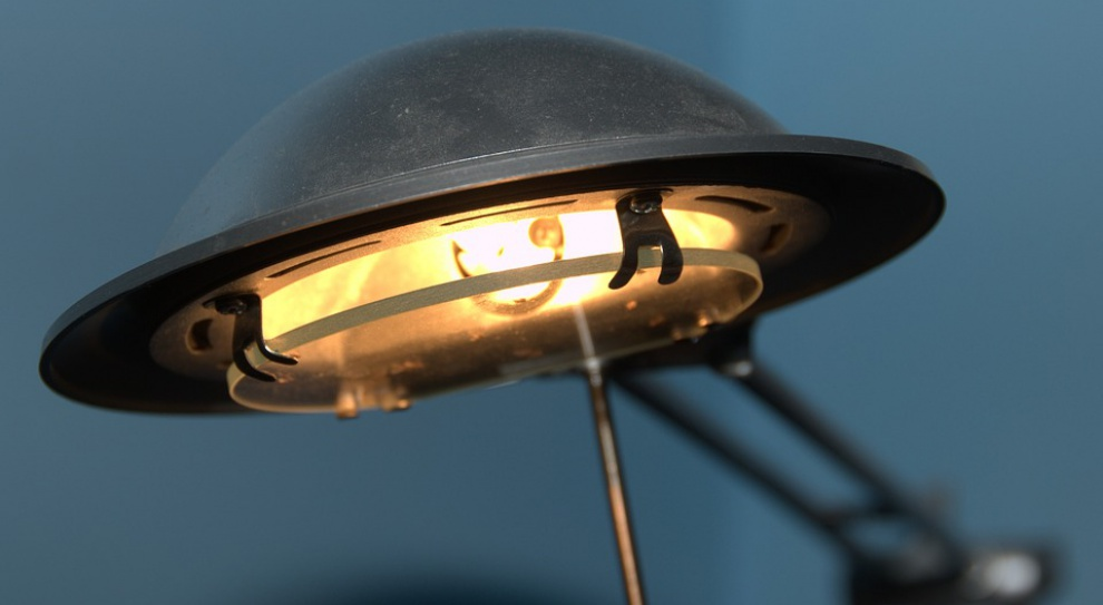 Złe oświetlenie w biurze rujnuje nam zdrowie?