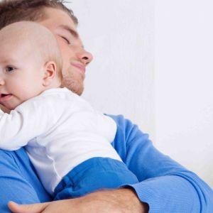 Minister daje przykład i wykorzystuje urlop ojcowski