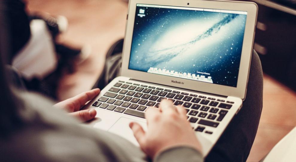 Cyfryzacja: Systemy analityczne kluczem do cyfrowego biznesu