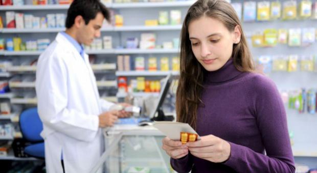 Ponad 33 tys. farmaceutów na polskim rynku pracy