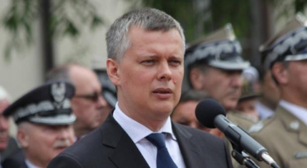 Siemoniak: Modernizacja armii ograniczy się do tworzenia etatów