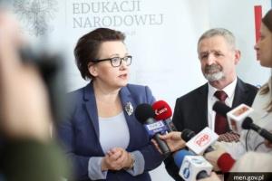 MEN ujawniło szczegóły reformy oświaty. Co z nauczycielami?
