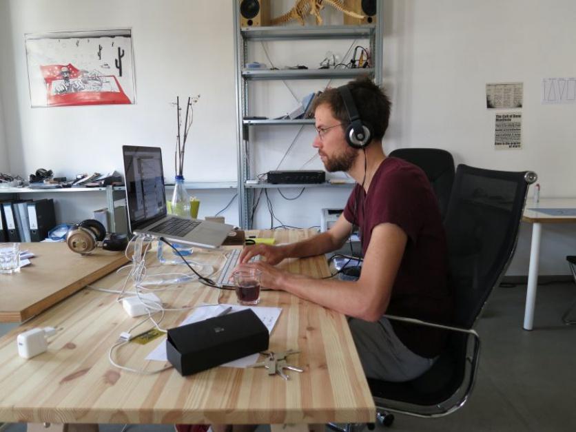 Grywalizacja, kampanie ambientowe i inicjatywy oparte na dzieleniu się wiedzą to obecnie jedne z najważniejszych trendów w działaniach employer brandingowych. (fot.Alper Çuğun/Flickr, lic. CC BY 2.0)