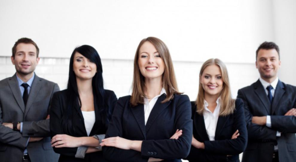 Kobiety na rynku pracy: Jak ułatwić im znalezienie pracy?