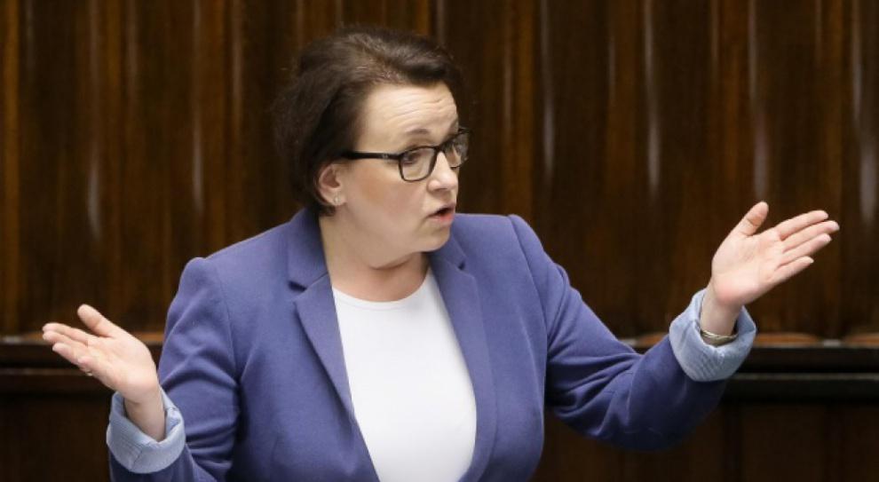 Minister edukacji o zwolnieniach dziesiątek tysięcy nauczycieli: Reforma oświaty uratuje miejsca pracy