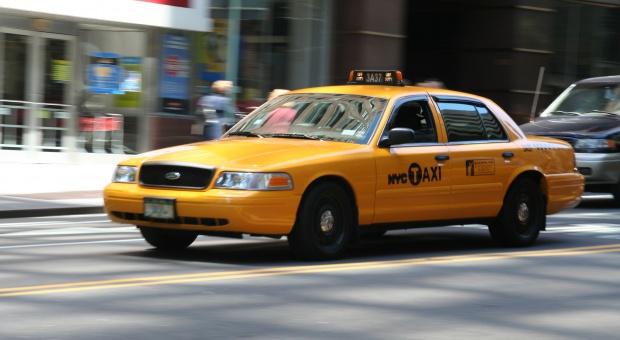 Kierowcy żółtych taksówek w Nowym Jorku nie muszą już mówić po angielsku