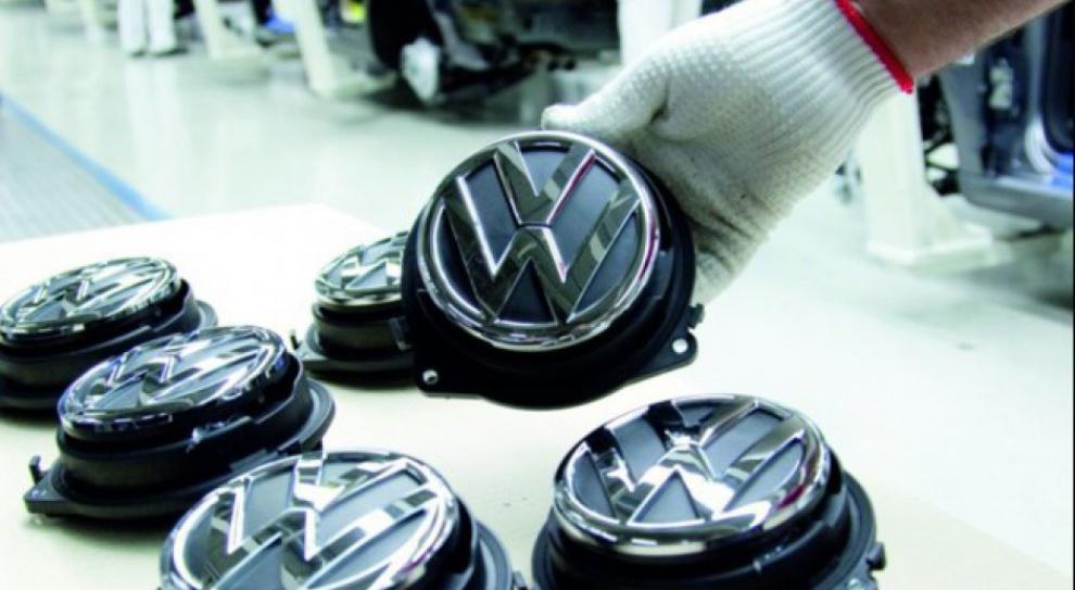 Wolfsburg: Volkswagen wstrzyma produkcję wskutek sporu z dostawcami