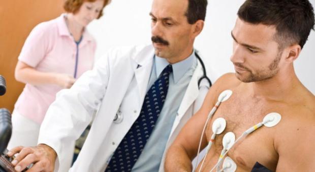 Co trzeci lekarz pracuje bez przerwy ponad 24 godziny