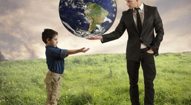 Firmy rodzinne umierają wraz z przedsiębiorcami przez prawo i brak sukcesorów. Jak to zmienić?