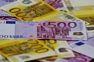 Tyle pieniędzy do kraju przysłali Polacy pracujący za granicą