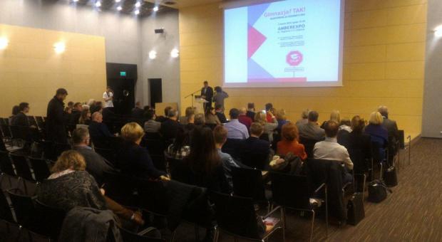 Kosiniak-Kamysz: Likwidacja gimnazjów to mniej pracy dla nauczycieli