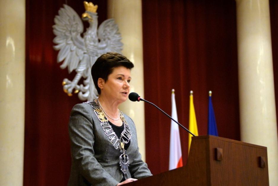 Reprywatyzacja, Gronkiewicz-Waltz: Zwolnię urzędników. Podobnych decyzji oczekuję od Ministerstwa Finansów