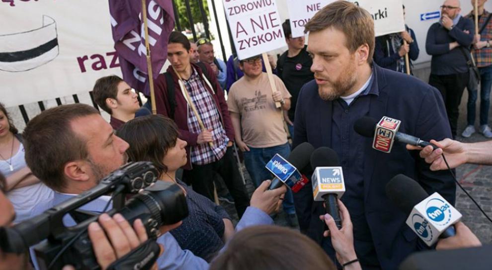 Reprywatyzacja w Warszawie: Partia Razem żąda dymisji Hanna Gronkiewicz-Waltz