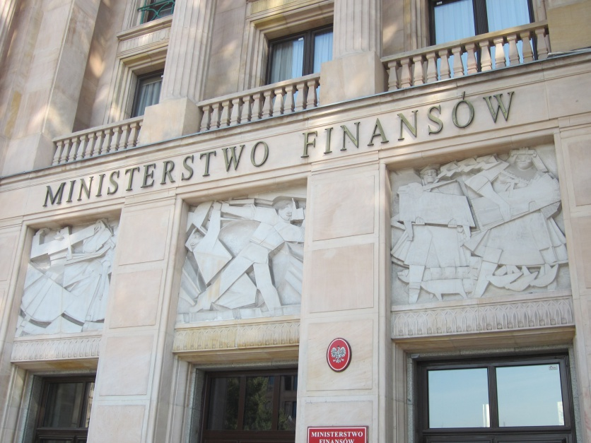 Reprywatyzacja w Warszawie, Ministerstwo finansów:  Nie było nieprawidłowości w postępowaniu urzędników ministerstwa