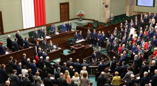 Przywileje posłów. Co trzeci polityk skorzystał z niskoprocentowej pożyczki
