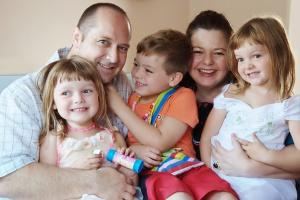 Polacy nie odchodzą z pracy przez 500 plus na dziecko