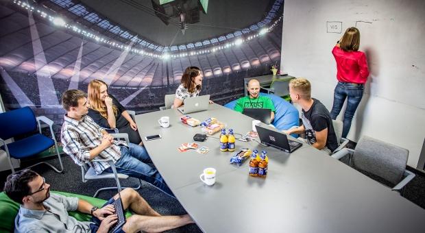 Co mają wspólnego polscy programiści z Premier League?