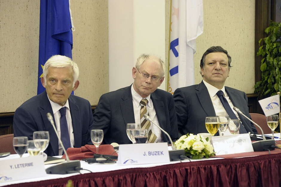 Europejska Rzecznik Praw Obywatelskich chce wyjaśnień ws. zatrudnienia b. szefa KE
