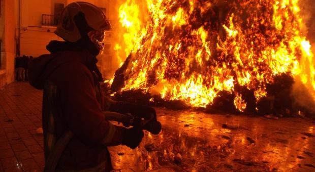Już 25 ofiar pożaru w fabryce pod Dhaką