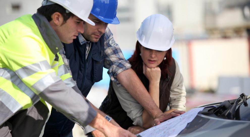 Przemysł: Jest praca dla inżynierów, ale ich niestety brak