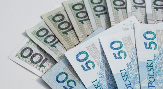 Wynagrodzenia w województwach rosną. Najwyższe zarobki w mazowieckim, najniższe w warmińsko-mazurskim