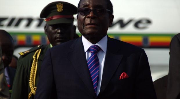 Rząd Zimbabwe zwolni 25 tys. pracowników