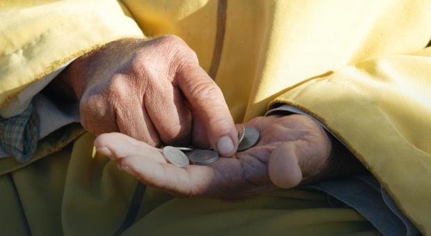 Emerytura i renta: 75 proc. od najniższych emerytur wolne od potrąceń