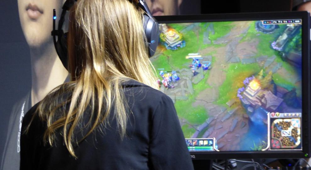 Grywalizacja: Granie w gry zwiększa efektywność pracowników