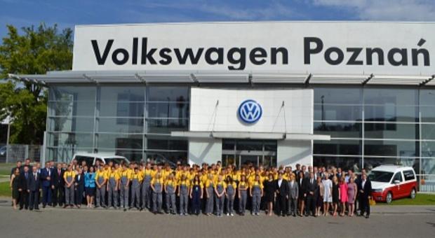 Klasy patronackie: Volkswagen Poznań przyucza przyszłych pracowników. Uczniowie rozpoczęli naukę