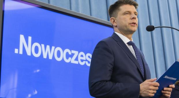 Akcja #Misiewicze, Petru: 227 osób ze spółek Skarbu Państwa powinno zostać zwolnionych
