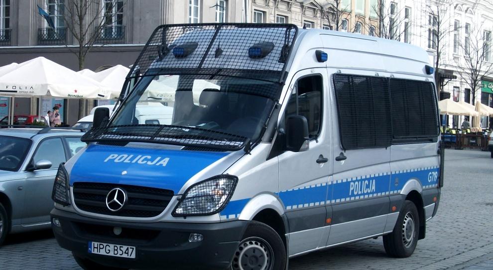 Nowe hasło Policji: Pomagamy i chronimy