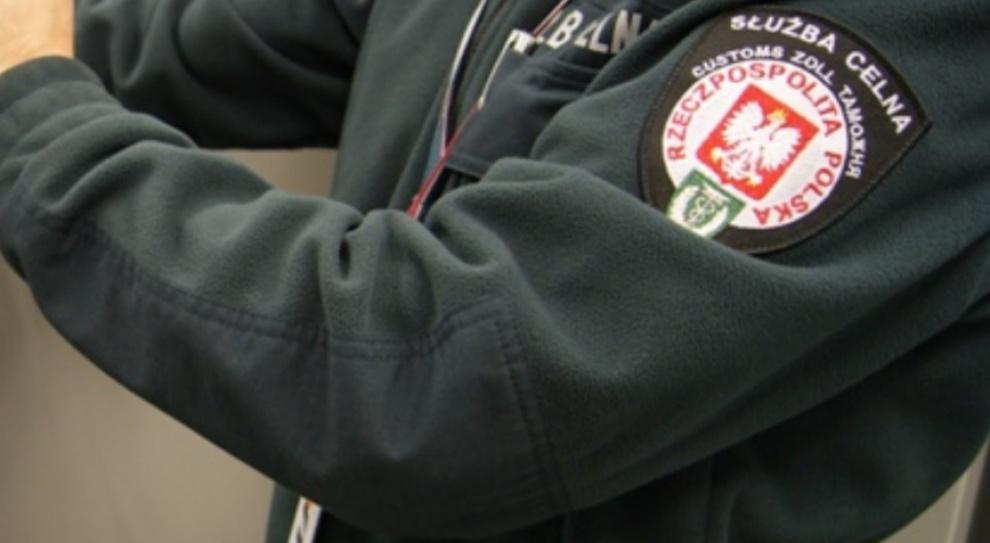 PiS broni Krajowej Administracji Skarbowej, ale opozycja jest przeciwna