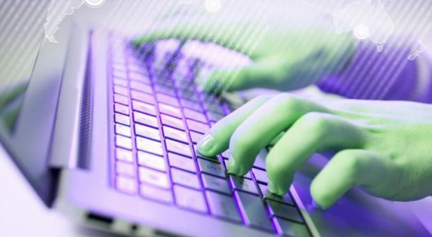 Praca dla informatyka: Zarobki specjalistów IT rosną