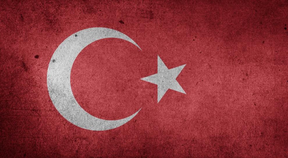 Zwolniono 785 tureckich urzędników za związki z Gulenem