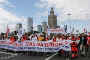 Przedstawiciele Zawodów Medycznych apelują o spotkanie z premier ws. wynagrodzeń