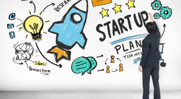 Co zrobić by start-up przetrwał? Początkujące start-upy oprócz pieniędzy potrzebują wiedzy i kontaktów