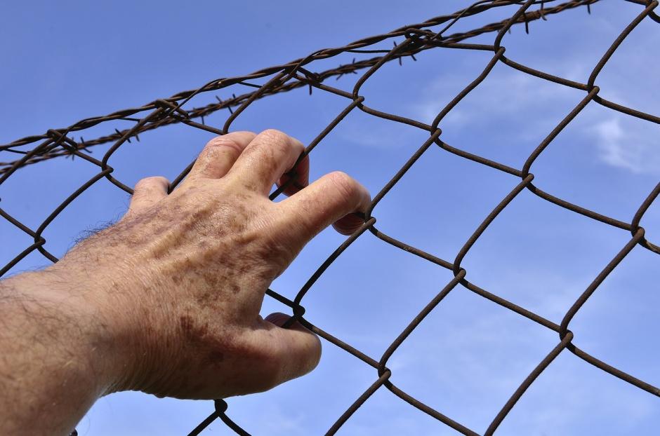 Praca więźniów: Pracodawcy dostaną więcej pieniędzy za zatrudnienie więźniów? Rząd zajmie się projektem