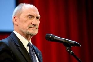 Macierewicz będzie dowodził WOT