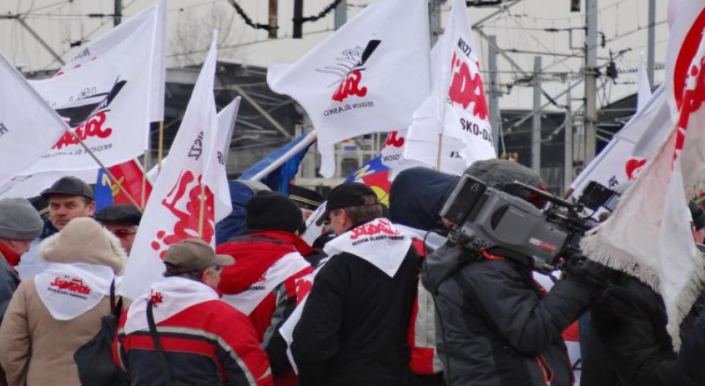 Polskie związki zawodowe budzą skrajne opinie