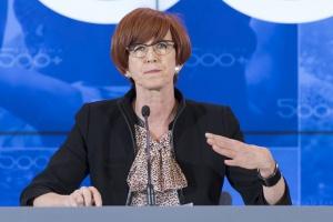 MRPiPS chce poprawić pracę służb społecznych