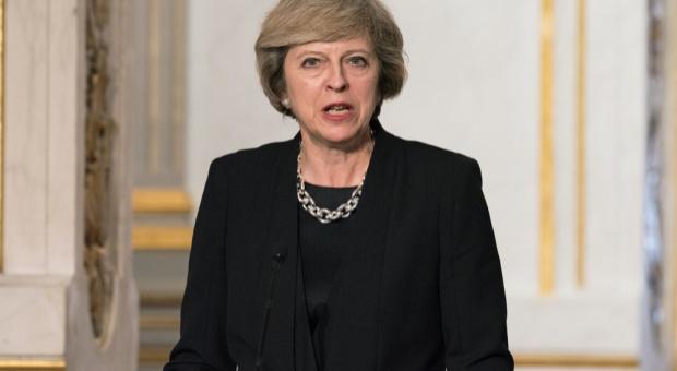 Wielka Brytania, Brexit: Premier May wpada w pułapkę Brexitu