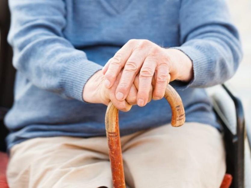 Emerytura: Im starszy emeryt, tym wyższe wydatki