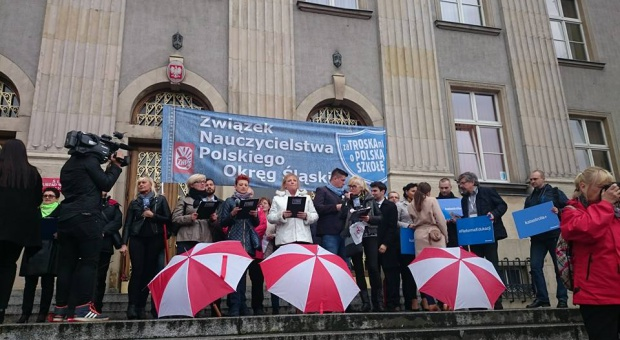 Protesty przeciwko reformie edukacji odbyły się w 17 miastach