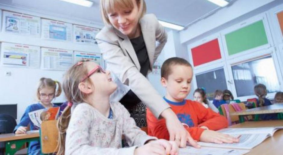 Dzień Edukacji Narodowej: Ponad 80 proc. nauczycieli to kobiety