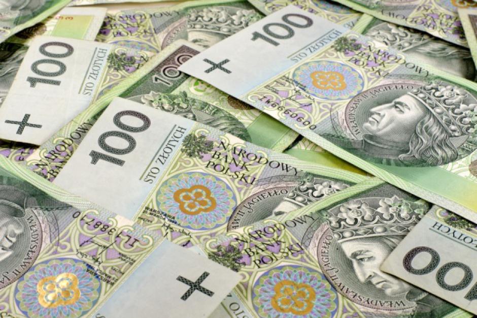 Podatek handlowy: nowela zawiesza jego obowiązywanie do 1 stycznia 2018 r.