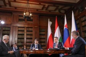 Emigracja: Prezydent już wie, jak ściągnąć młodych Polaków do kraju?