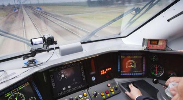 Praca, maszynista kolejowy: Potrzeba maszynistów. 1/3 z nich przejdzie na emeryturę w najbliższych latach