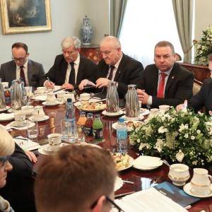 Rada Dialogu Społecznego działa już rok. Co się udało?