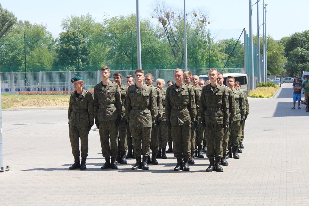 MON skierowało do uzgodnień projekt nowego rozporządzenia w sprawie dodatków do uposażenia zasadniczego żołnierzy zawodowych (fot.zw.wp.mil.pl)