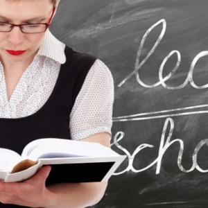 """Oświatowa """"Solidarność"""" boi się o miejsca pracy nauczycieli"""